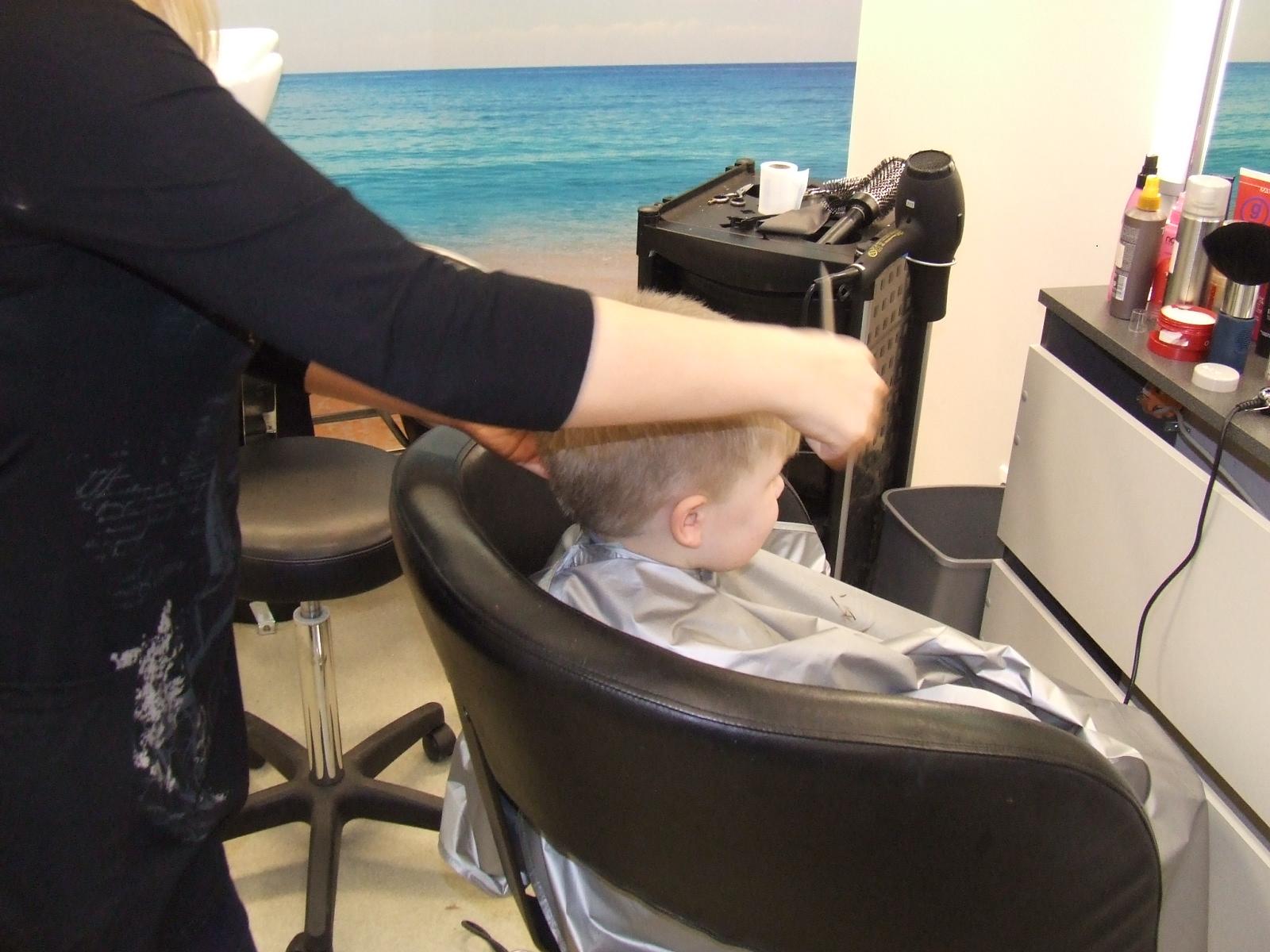 Laste juukselõikused ja soengud
